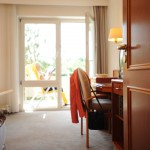 Zimmer mit Balkon der Rehaklinik Quellenhof