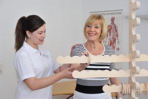 Ergotherapie im Rahmen der Rehabilitation nach Schulter OP